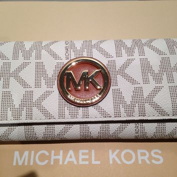 MICHAEL KORS FULTON MK SIGNATURE BIEGE LARGE CONTINENTAL PVC FLAP WALLET NEW
