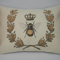 Queen Bee Burlap Pillow, Shabby chic, Bees, INSERT INCLUDED