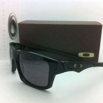 One-nice™ Authentic Oakley Sunglasses JUPITER SQUARED OO9135-01 Polished Black w/Grey Lens