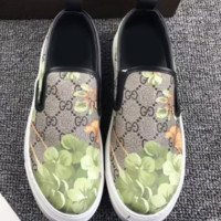 Gucci: FLOWERS DESIGN LOAFER SHOES FLAT CASUAL SHOES Black-Green G