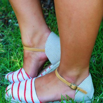 Independence Day Flats: Beige/Red