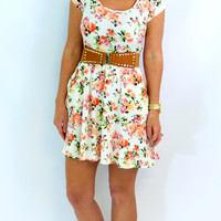 Floral Pocket Dress: White