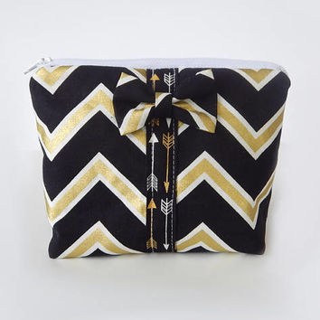 Chevron Makeup Bag / Cosmetics Pouch / Arrows / Makeup Clutch / Make Up Case / Black & Gold / Bow Clutch / Cosmetic Pouch