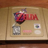 The Legend of Zelda Ocarina of time collectors edition n64, Gold Legend of Zelda ocarina of time, Zelda OOT N64 video game, Zelda, n64