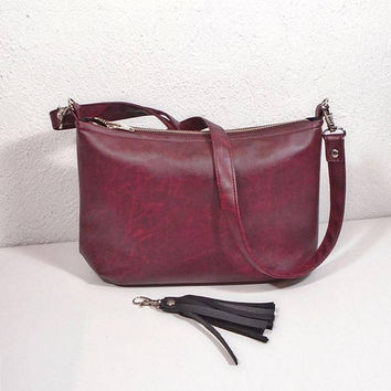 Burgundy leather bag, crossbody bag rustic design, casual bag, everyday handbag, leather bag  in wine color, Messenger purse, burgundy purse