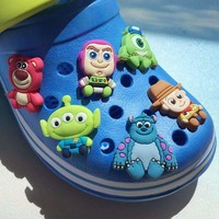 Children'S Gift University Of Monster Toy Story Shoe Flower Cross Cartoon Pvc Shoe Flower Hole Hole Shoes Decorated