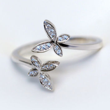 925 sterling silver flower ring , a perfect gift
