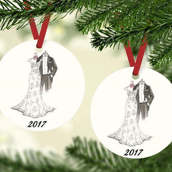 Bride and Groom 2017 Christmas Tree Ornament - Bridal Shower Gift - Wedding Present - Package Tag - Newlywed Christmas Present