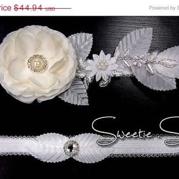 SALE 40% OFF Wedding Garter, Bridal Garter, Garter Set, Flower Garter, Lace Garter, Wedding Keepsake, Toss Garter, Rhinestone Garter  GT005-