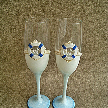 Beach Wedding Glasses, Beach Champagne Glasses, Sea wedding Toasting Flutes, Life belt, Personalized Glasses White and blue, Painted glass
