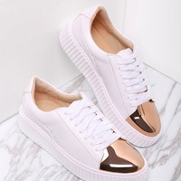 White Contrast Round Toe Rubber Sole Sneakers