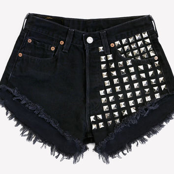 902 Studded Black Vintage Levis Shorts