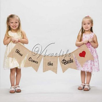 """""""Here Comes the Bride""""Sign Burlap BannerWedding"""