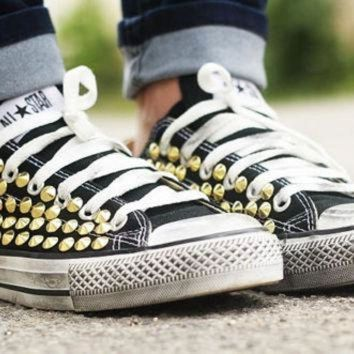 DCCKGQ8 studded converse converse black low top with gold cone rivet studs by customduo on et