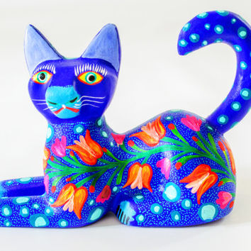 MEXICAN FOLK ART - Wood Carving by Jose Olivera : Tropical Cat