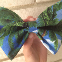 Large Palm Tree Hair Bow by DuelingSiblings on Etsy