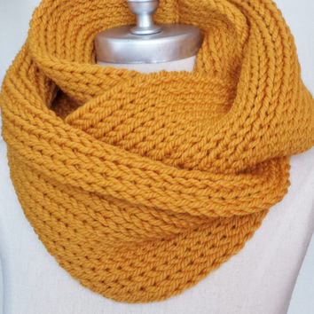 Mustard Scarf, Knit Infinity Scarf Gold, Mustard, Dark Yellow, Goldenrod, Amber Loop Scarf, Wool Yarn Mobius Circle Scarf, Fall Colors,