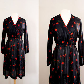 Vintage Red Poppy Flower Print Dress - Wrap Dress with Elastic Waist - Size Large