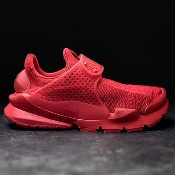 NIKE - Men - Sock Dart - University Red