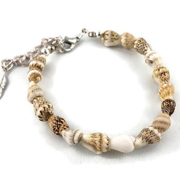 Seashell Bracelet/ Anklet// Real Seashell Jewelry/ Seashell Anklet/ Bracelet with Silver Feather Charm/ Stacking Bracelet/ Bracelet Layering