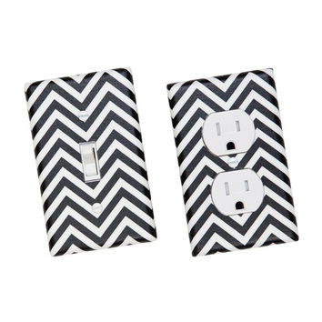 Chevron Light Switch Plate Cover / Black and White / Zig Zags / Robert Kaufman / Slightly Smitten Kitten