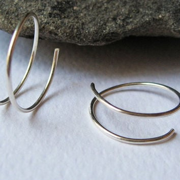 Small Hoop Earrings, 14 Gold Fill or 925 Sterling Silver, Delicate Open Hoop Earrings, Simple Modern Earrings, Handcrafted Earrings