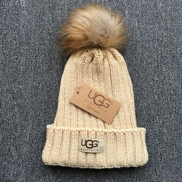 UGG Autumn Winter Warm Trending Women Men With Small Ball Wool Thick Knit Hat Cap
