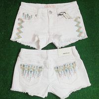 GRACE IN L.A. SPRING SHOWERS WHITE CUTOFF SHORTS