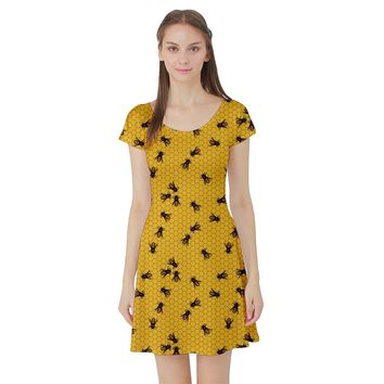 CowCow Womens Yellow Pattern of the Bee on Honeycombs Short Sleeve Skater Dress