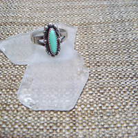 sterling silver antique ring with green turquoise stone, size 6
