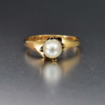 Vintage English Gold Cultured Pearl Solitaire Ring