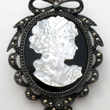 Mother of Pearl Cameo 925 Pendant Brooch Vintage