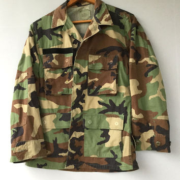 Vintage Mens Camo Military Jacket Shirt Woodland Camouflage 90s Short Small
