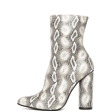 Paw-45 High Heel Boot