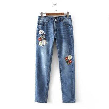 Chen 60-1601 Europe and the United States fashion wind flower embroidery Stretch Jeans 0417