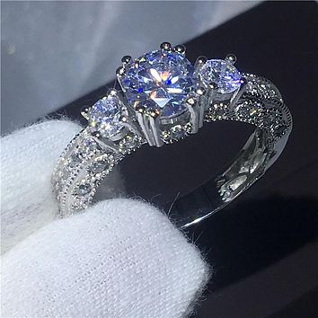 Vintage Jewelry Three-stone 5A zircon stone Engagement wedding band rings for women men White Gold Filled Female