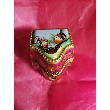 Two Robin's Hand-Painted on Perfume Box - Rare