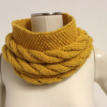 Mustard Chunky Cowl, Cable Knit Cowl, Knit Infinity Scarf, Wool Snood, Mustard Winter Scarf,Wool Neck Warmer,Mustartd Cowl,Knit Circle Scarf