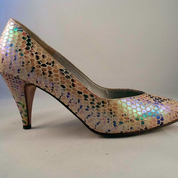80's Renata Opalescent Faux Snakeskin Court Shoes Fish Scale Italian Leather Heels Pumps Pearlescent Iridescent Irridescent 80s does 50s