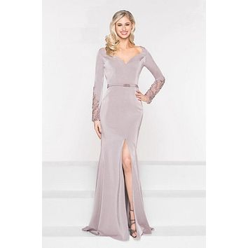 V-Necck Long Sleeve Evening Gown