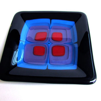 Plate with Blue, Purple, and Red Retro Design, Fused Glass Plate With Stacked Squares, Black and Red Dish, Op Art, Trinket Tray, Sushi Plate