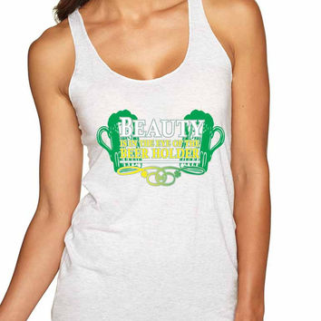 Beauty is in the eye of the Beer holder Women Triblend Tanktop