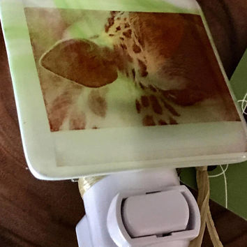 Design4Soul's Giraffe Nightlight
