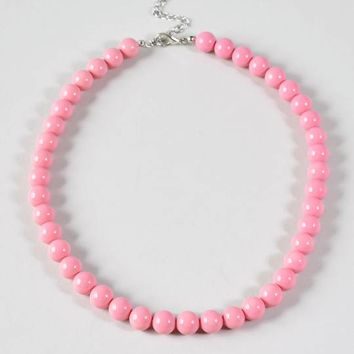 Retro Style Pink Beaded Necklace