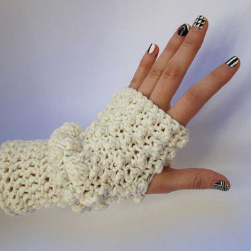 Outlander Fingerless Texting Gloves Cream White Lallybroch Scottish Diana Gabaldon Puff Winter accessories Mitts FREE SHIPPING