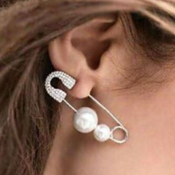 Fashion Pearl Pin Statement Ear Cuff (Single, 1 piercing) - LilyFair Jewelry