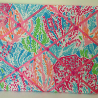 Lilly Pulitzer fabric covered memo board in Let's Cha Cha. Perfect for college dorm room.