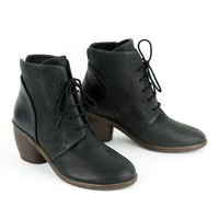 P.Monjo P-1074 Black Lace-Up Boot for Women