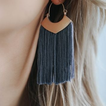 Speak Easy Earrings - Grey