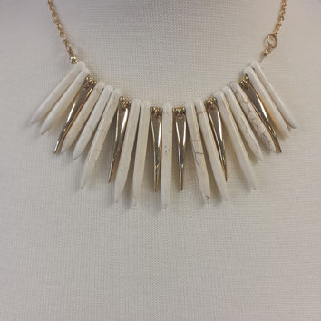 Spike It Necklace-Ivory
